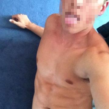 homme 25 ans de Cholet tres sexy